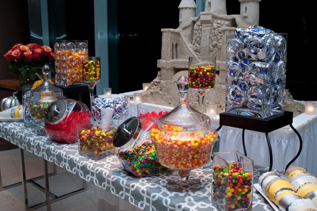 Candy Display 1 1024x682 - Stations